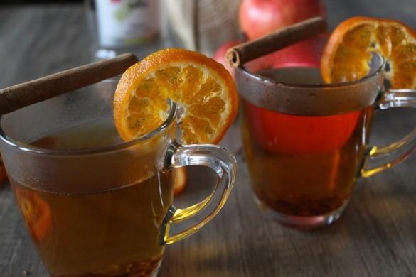 Apfel-Glühwein mit Sambuca