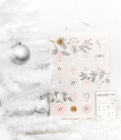 """SIX Adventskalender """"Weihnachtskugeln"""""""