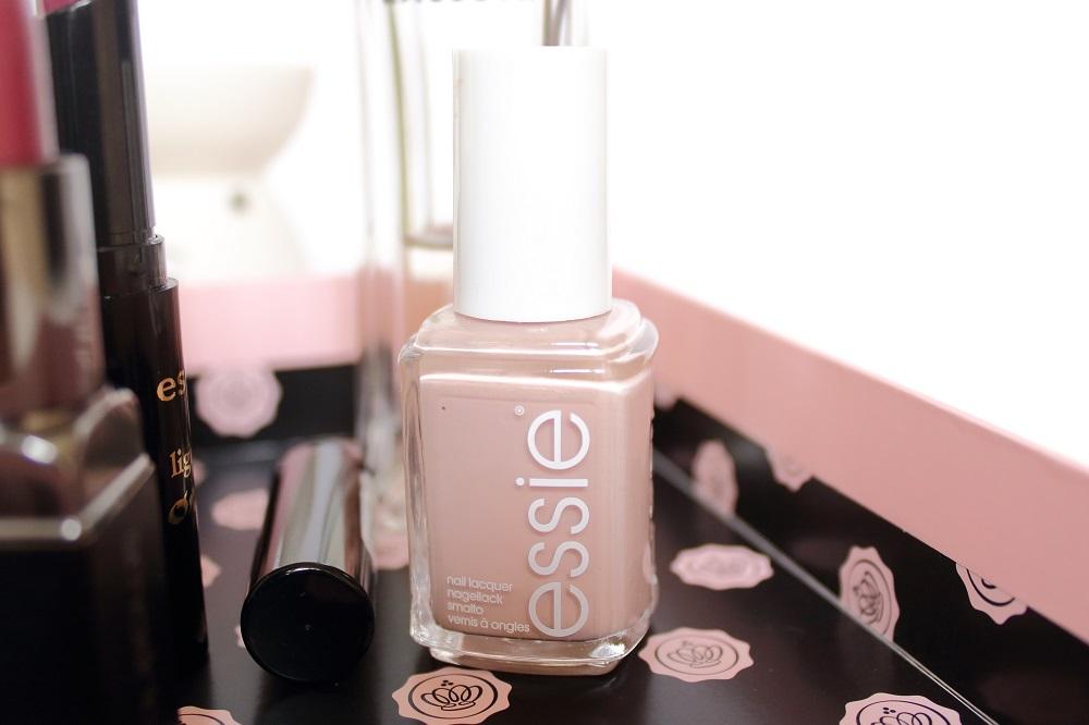 Meine Beauty-Klassiker - Nagellack Essie