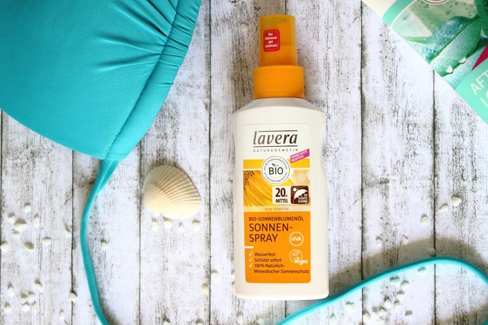 Sonnenpflege mit Lavera Sun Sensitiv - Sonnenspray