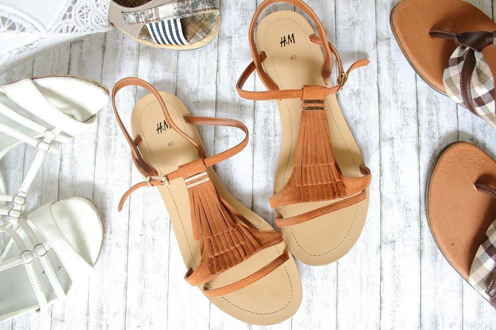 Meine Lieblingsschuhe im Sommer - H&M Fransen-Sandalen