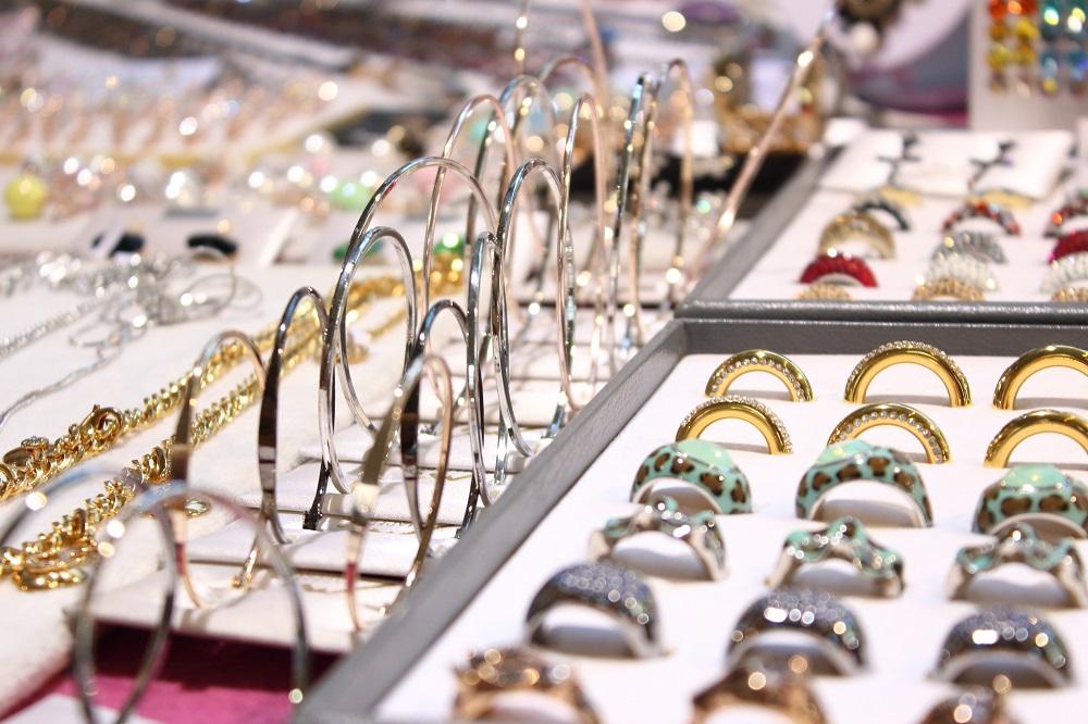 Die Trends der Mitteldeutschen Mode Messe Leipzig - Schmuck Ohrringe