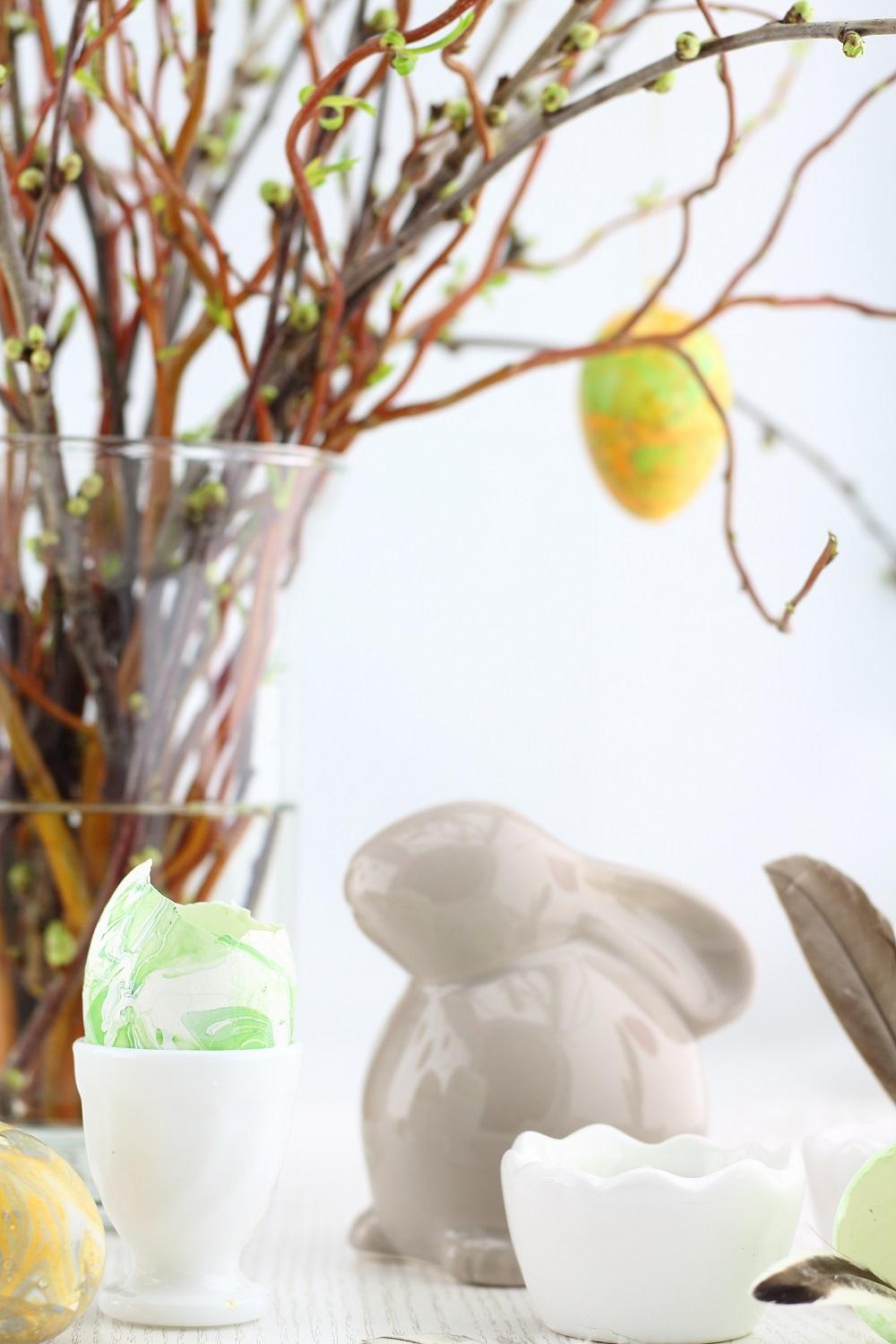 [Oster-DIY] Ostereier marmorieren mit Nagellack - watermarble easter egg - ostern - easter - diy - do it yourself - nagellack - osterdeko - frühling - karfreitag - ostersonntag