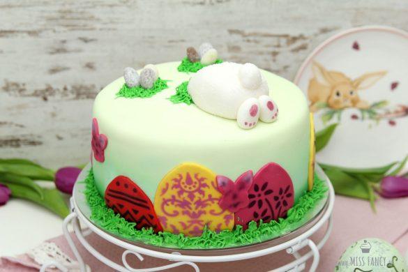 [Link Collection] Inspirierende Rezepte und Ideen zu Ostern - Oster-Motivtorte von Miss Fancy