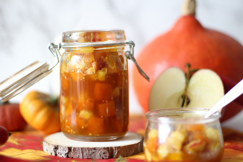Die besten Kürbis Rezepte von Mary Loves - Herbstliches Kürbis-Apfel-Chutney - Gastbeitrag bei Tell About It