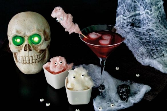 [Link Collection] Die besten Halloween-Ideen von Bloggern - Black Widow Drink mit Zuckerwattegeistern von Baby Rock my Day