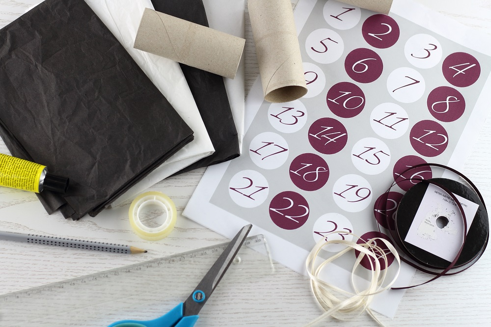 [Anzeige] DIY-Adventskalender aus Papierrollen - Material