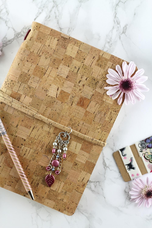 [Anzeige] Individuelle Geschenkidee - Das Traveler-Notebook von Daily Dreamery