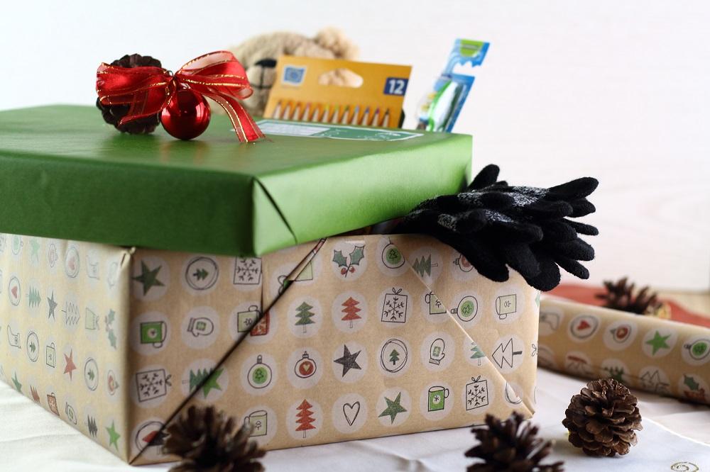 Freude Schenken - Mit der Aktion Weihnachten im Schuhkarton