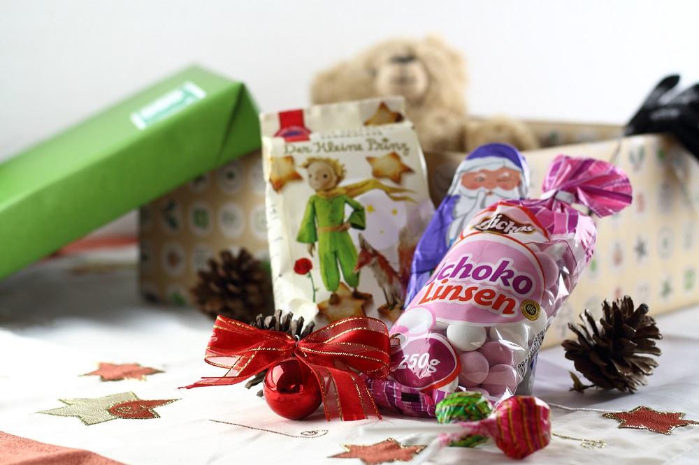 Freude Schenken - Mit der Aktion Weihnachten im Schuhkarton - Inhalt Süßigkeiten