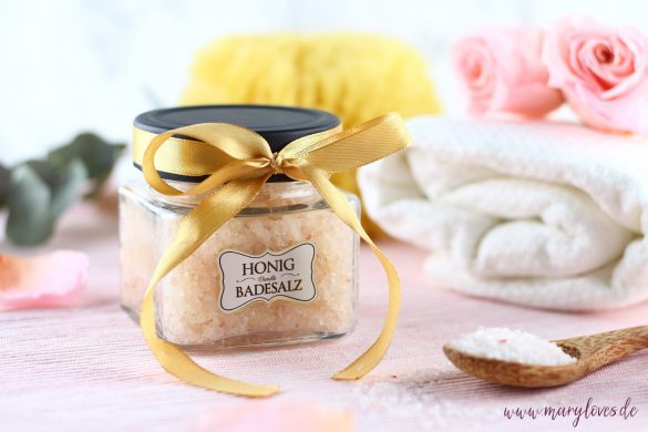 DIY-Geschenkidee: Honig-Vanille Badesalz