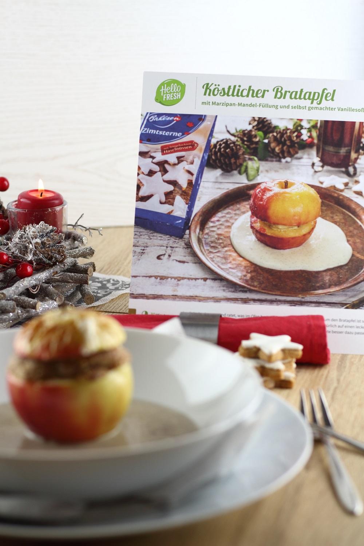 [Anzeige] Ein leckeres Weihnachtsmenü mit der HelloFresh Weihnachtsbox - Dessert Köstlicher Bratapfel mit Marzipan-Mandel-Füllung und selbst gemachter Vanillesauce