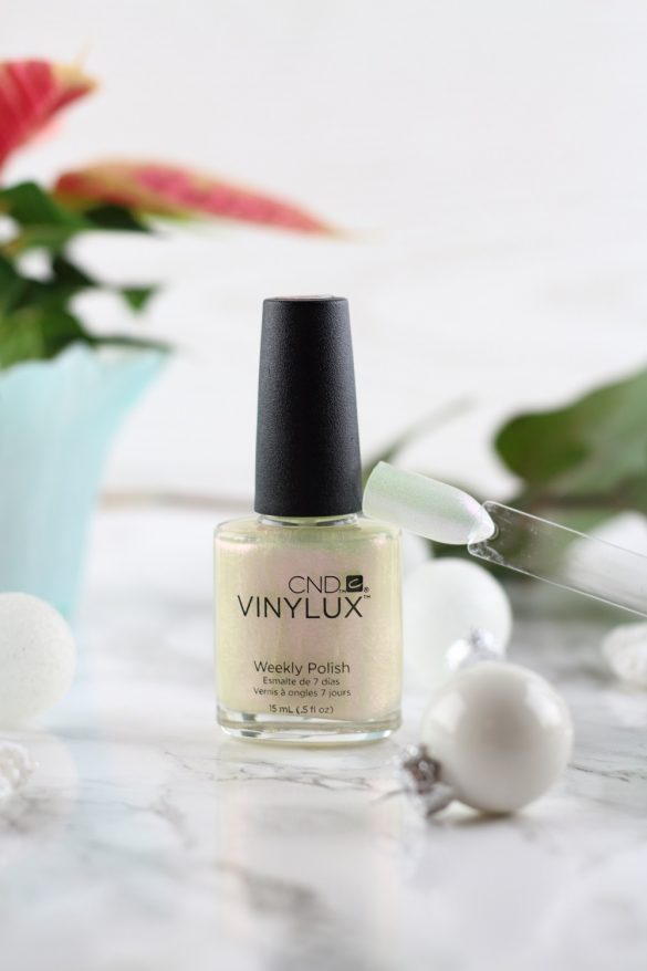 Die CND Vinylux Glacial Illusion Kollektion & Giveaway zum 3. Advent - Ice Bar #262