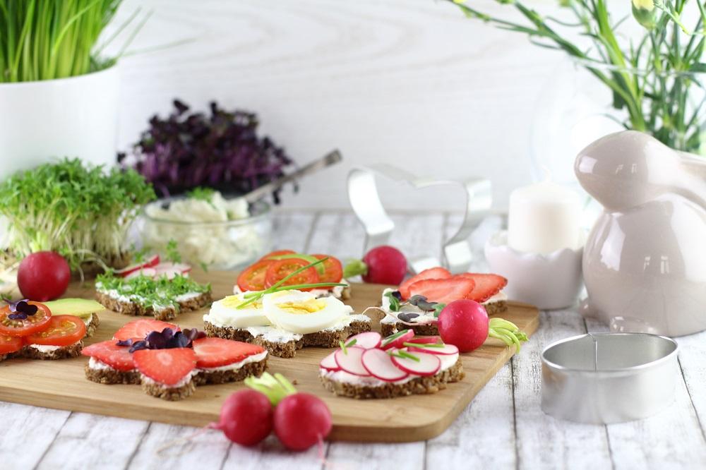 Das Auge isst mit - Herzhafte und süße Oster-Canapés für den Osterbrunch
