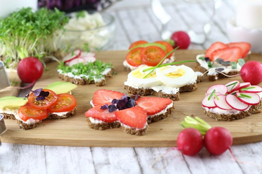 Herzhafte und süße Oster-Canapés als Vorspeise für den Osterbrunch