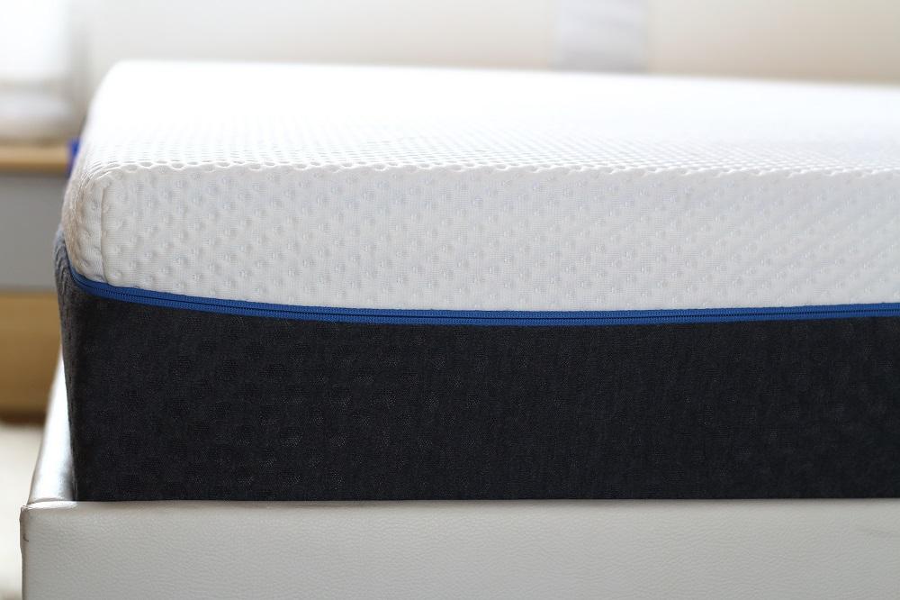 [Anzeige] Gesunder Schlaf für eine gesunde Schwangerschaft - Emma Air Matratze