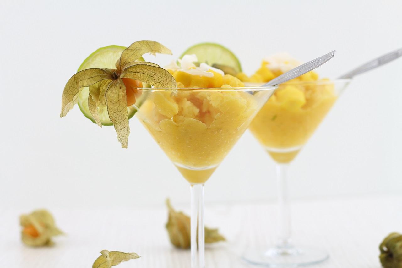 Die besten Sommerrezepte von Mary Loves - Mango-Kokos-Granité als fruchtige Erfrischung im Sommer - Gastbeitrag bei Miss Fancy