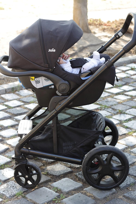 [Anzeige] Joie Chrome DLX Kombi-Kinderwagen - Mit dem Baby sicher unterwegs - Babyschale für's Auto auf Kinderwagen-Fahrgestell