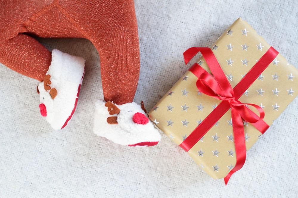Sinnvolle Geschenkideen für Babys unter 1 Jahr