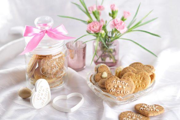 Personalisierte Geschenke aus der Küche & Erdbeer-Kekse zum Valentinstag