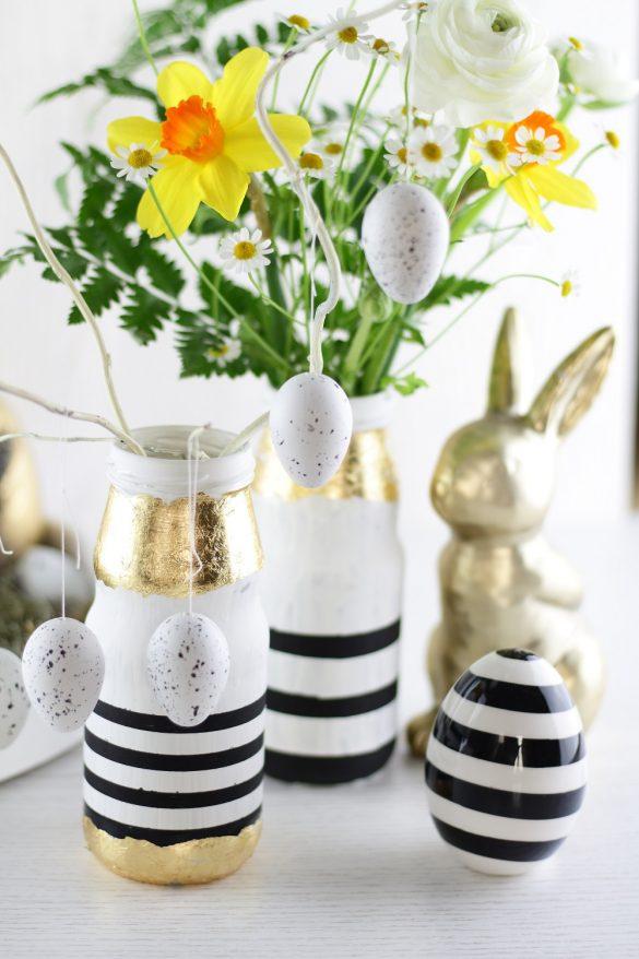 [Anzeige] Oster-DIY für Blumenvasen in schicker schwarz-weiß-Optik und Blattgold