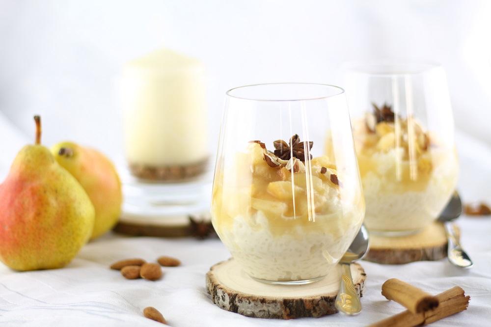 Süßes für den Herbst: Mandelmilchreis mit Birnen - vegan & zuckerfrei