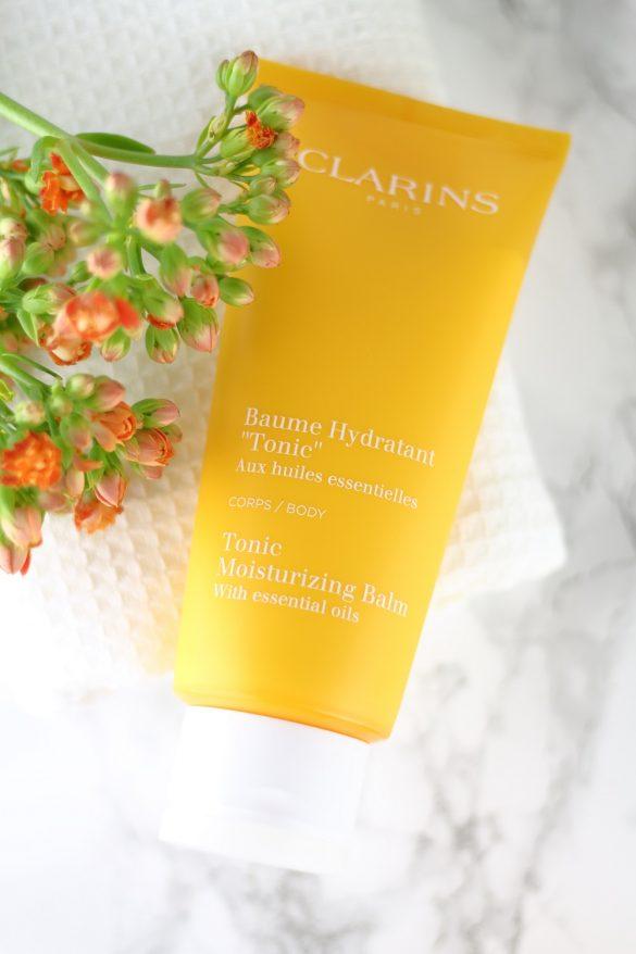 [Anzeige] Natürliche Hautpflege mit der neuen Clarins Aromaphytocare-Linie - Feuchtigkeitsspendender Körperbalsam