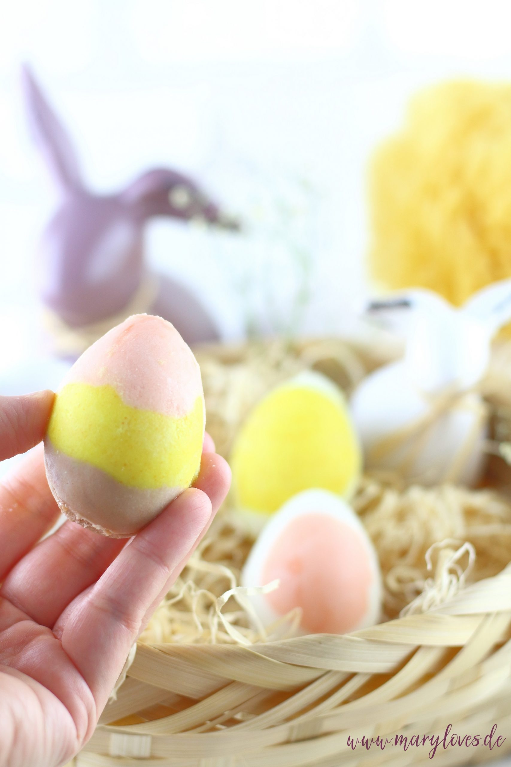 [Werbung unbeauftragt] Bunte Ostereier-Badebomben als selbstgemachtes Ostergeschenk