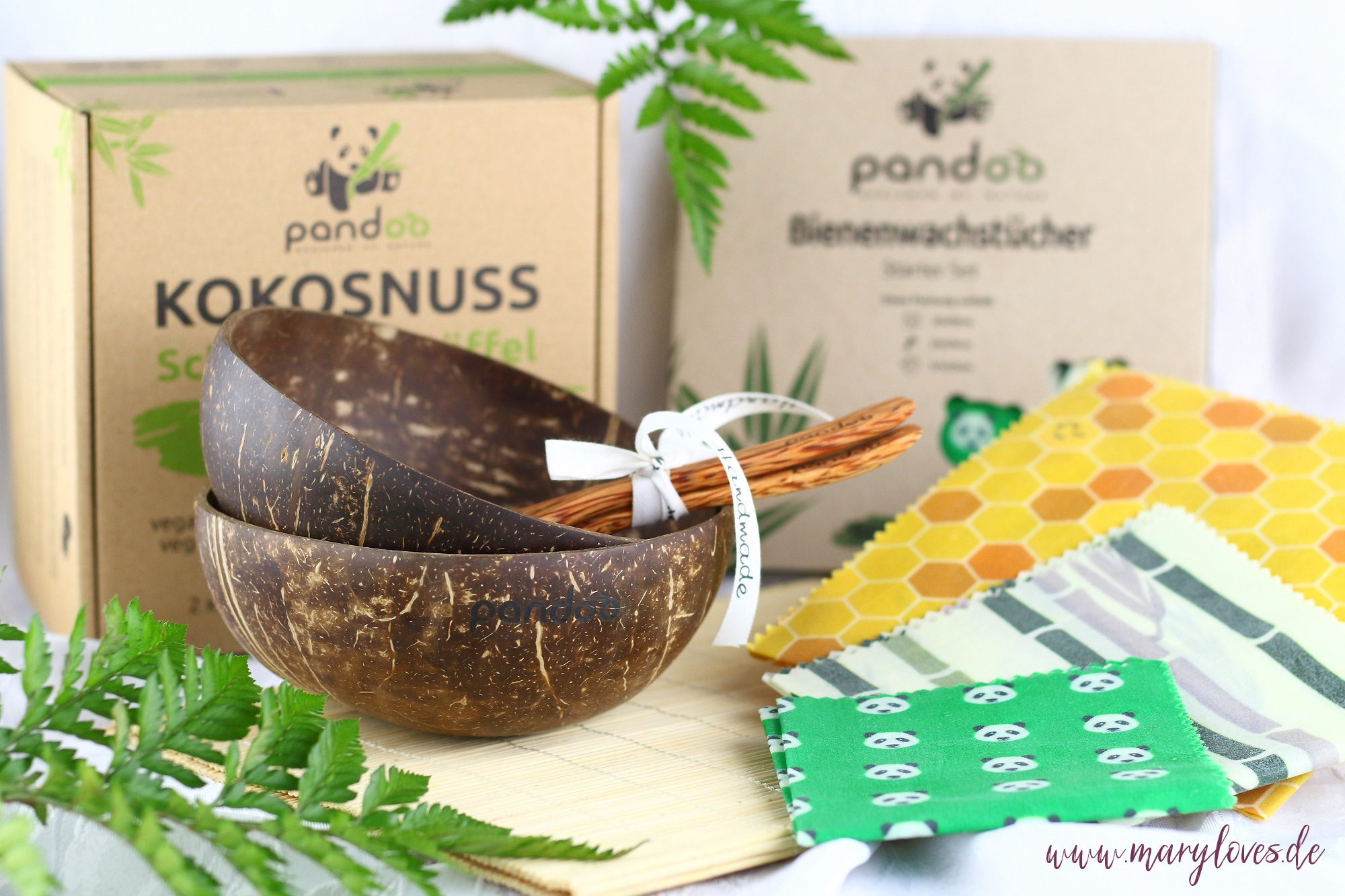 Nachhaltiges Gewinnpaket von pandoo mit Kokosschalen-Set und Bienenwachstüchern