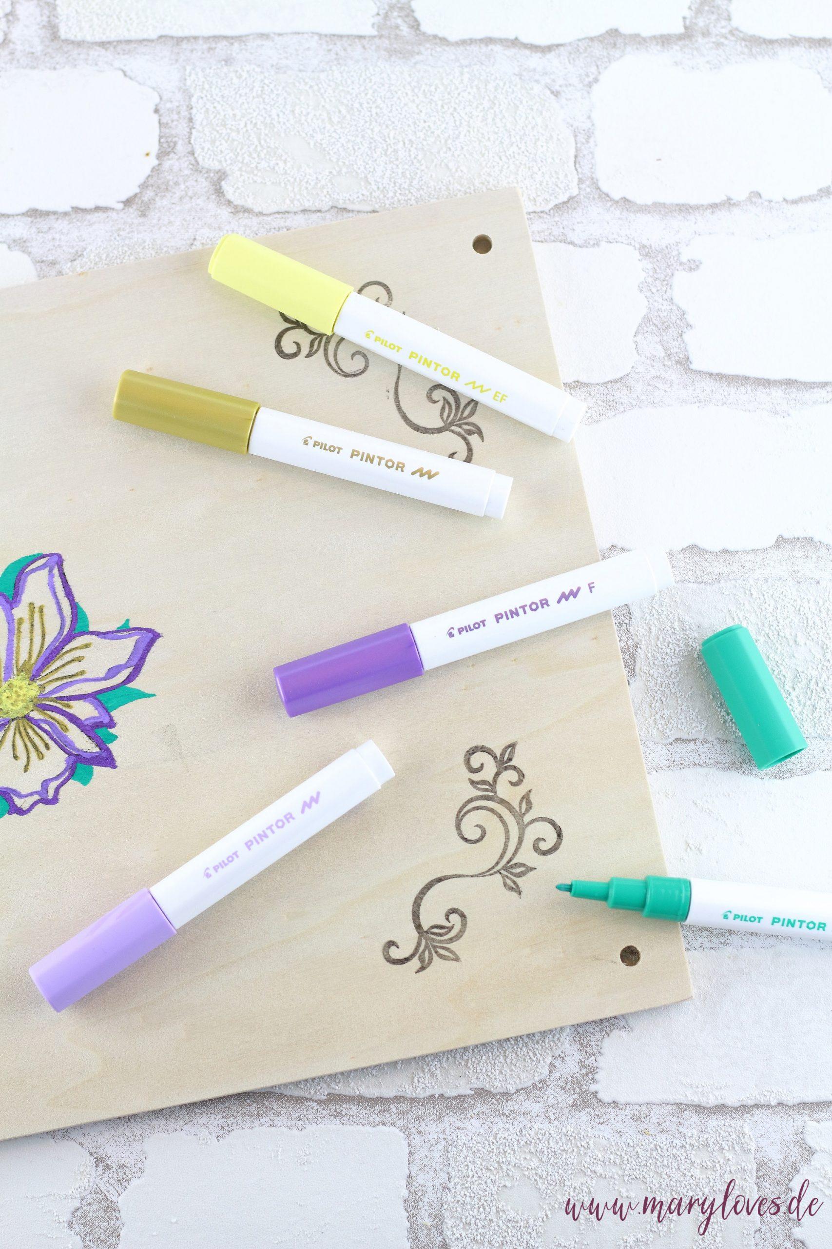 Blumenpresse mit PINTOR Markern von PILOT verzieren