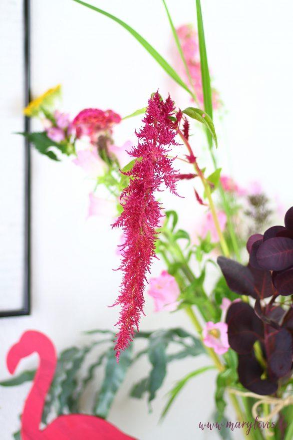 Sommerlich dekorieren mit Blumen von Bloomon