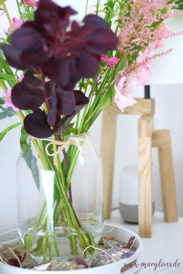 Sommerlich dekorieren mit Muscheln und Naturmaterialien