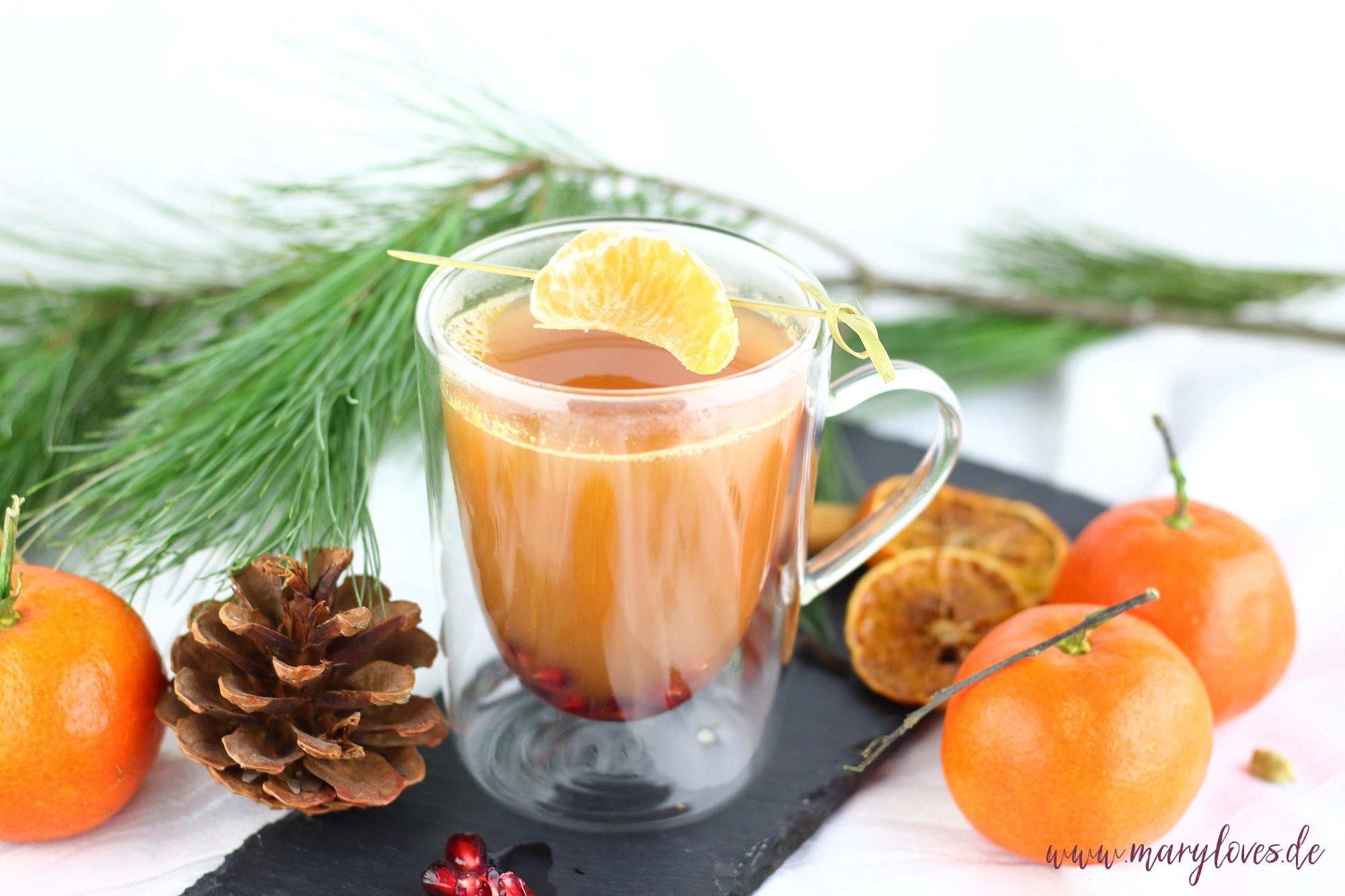 Wärmender Mandarinen-Punsch mit Granatapfel