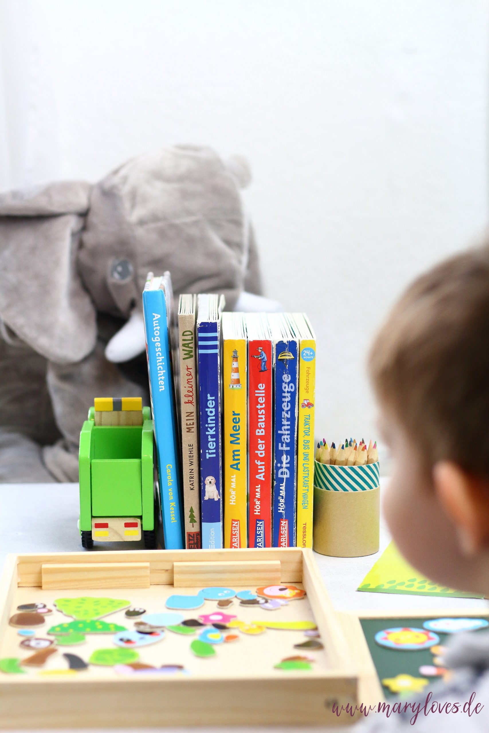 11 Spiel- & Beschäftigungsideen für Kleinkinder zu Hause