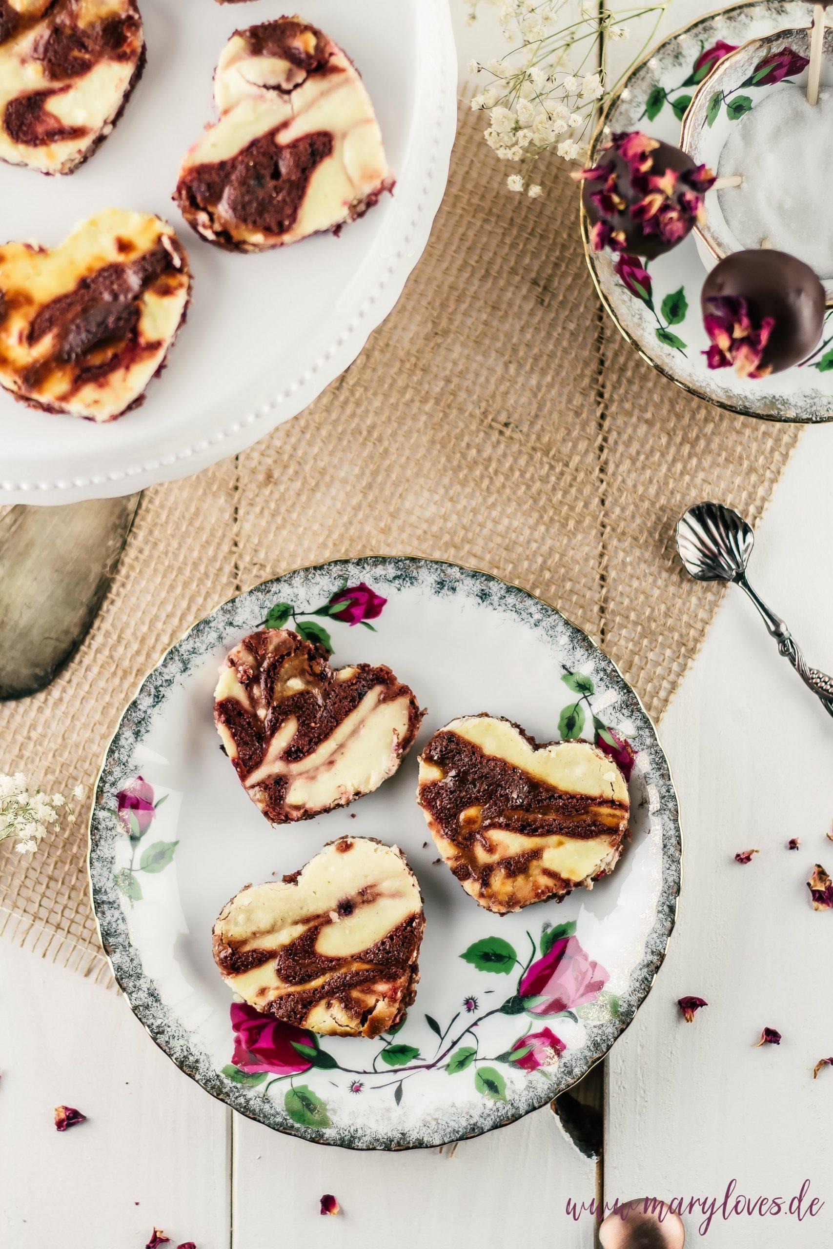 Käsekuchen-Brownies & Brownie-Cake-Pops
