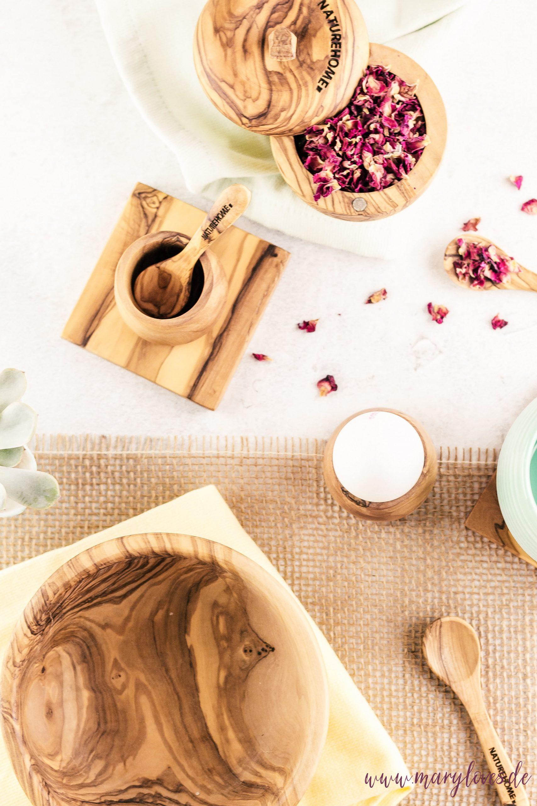 Nachhaltige Küche mit natürlichen Olivenholzprodukten von NATUREHOME
