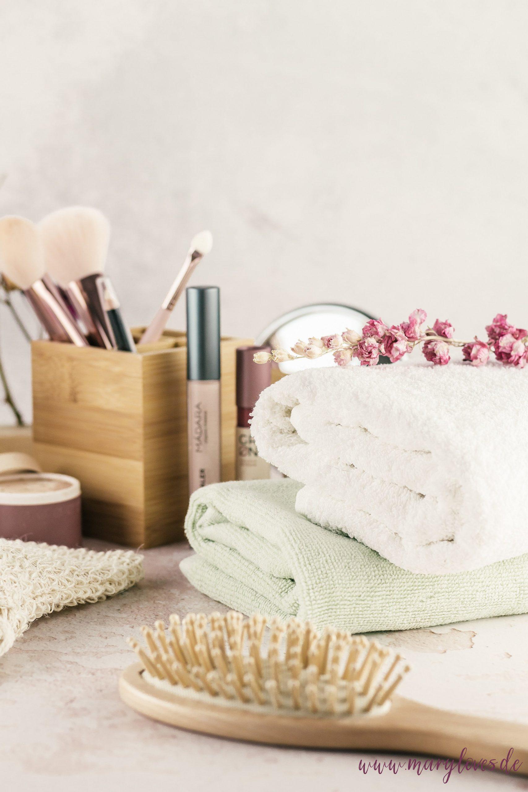 Natürliche Schönheit: 8 Tipps für den Umstieg auf Naturkosmetik